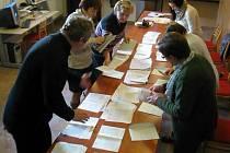 Počítání hlasů v Hranicích