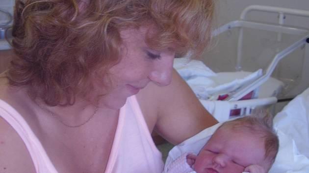 Iva Chocholoušková, Hranice, dcera Eliška Stryková, narozena 18. srpna v Přerově, míra 51 cm, váha 3550 g