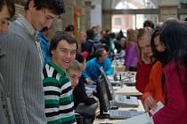 Projektový den v zámecké dvoraně v Hranicích s názvem Strojírenství – naše priorita