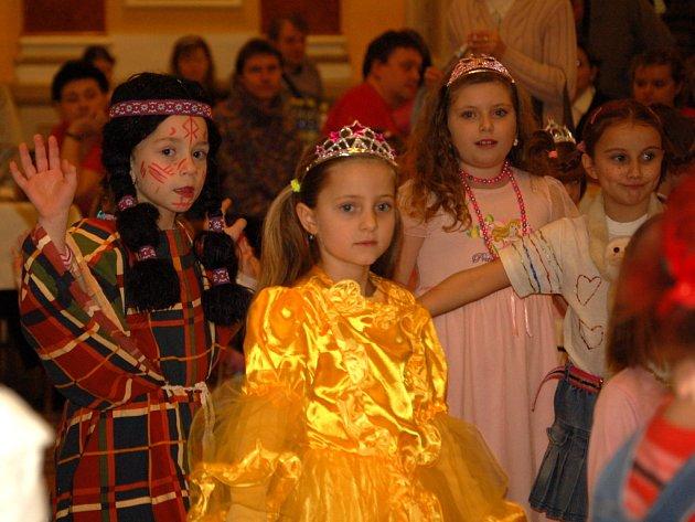 Městský dům v Přerově ožil v neděli 1. února odpoledne dětským karnevalem.