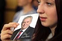 Setkání studentů SPŠ v Hranících s prezidentem Milošem Zemanem