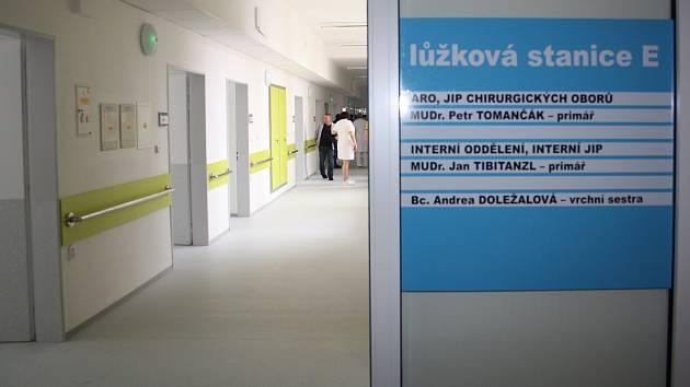 Hranická nemocnice slavnostně otevřela zrekonstruované ARO  a JIP