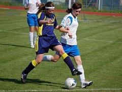 Fotbalistky 1. FC Přerov si v domácím prostředí jednoznačně poradily se Stachovicemi, když jim nasázely šest branek, a na jaře ještě nepoznaly hořkost porážky.