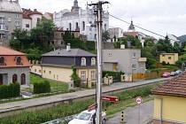 Čechovu ulici čeká vylepšení veřejného osvětlení.