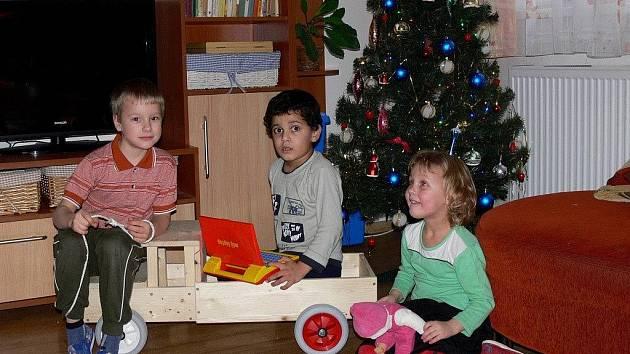 Vánoce v Dětském domově v Hranicích