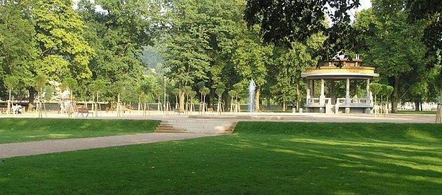 Po více než půlroční rekonstrukci je hranický park otevřen veřejnosti