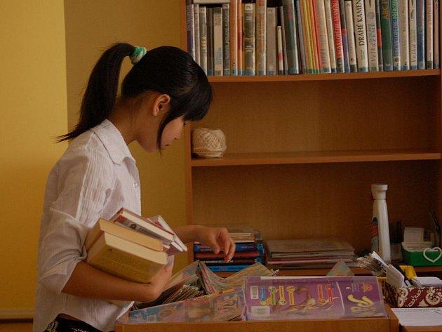 Mimo provoz budou až do září dvě pobočky Městské knihovny v Přerově. Kvůli rozšíření prostor pro čtenáře se uzavře oddělení pro děti v Palackého ulici (na snímku) a rekonstrukce čeká také budovu knihovny na Žerotínově náměstí.