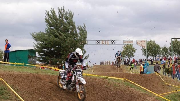 Olomoucký Jiří Bittner dovezl suzuki Harness Racing Teamu do cíle na druhém místě.