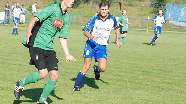 Ve vzájemném utkání KP mužů sice kraličtí fotbalisté smetli Určice 4:1, celkově si však na podzim vedl Sokol v této soutěži lépe než FC.