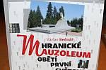 Nová kniha hranického vojenského historika Václava Bednáře se jmenuje Hranické mauzoleum obětí první světové války.
