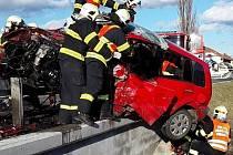 Tragická srážka opelu s fordem u Slavíče