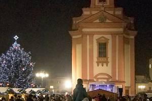 Chrám na Masarykově náměstí v Hranicích. Ilustrační foto