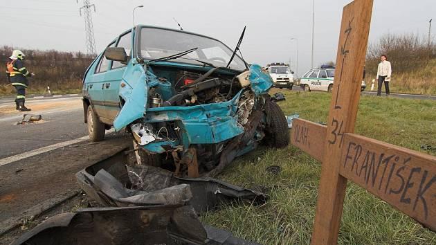 Křižovatka Na Horecku je místem častých nehod.