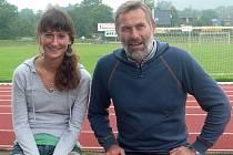 Petra Vašinová se svým trenérem Miroslavem Gadasem.