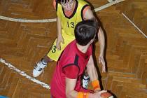 Bránící Pavel Marek nastřílel proti Českému Těšínu patnáct bodů a byl jedním z nejlepších střelců utkání.
