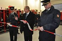 Dobrovolní hasiči z Hranic se dočkali nové základny