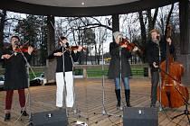 Vánoční zpívání v hranickém parku