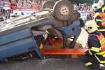 Hasičskou regionální soutěž ve vyprošťování osob z havarovaných vozidel si nenechaly ve středu 9. září dopoledne ujít stovky diváků.