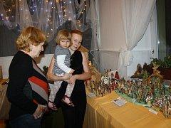 Vernisáž tradiční výstavy betlému v Galerii M+M