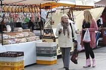 Farmářské trhy se opět představily na hranickém náměstí.