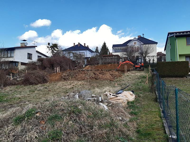 Stavba rodinného domu Marka Popáleného zpřepravních kontejnerů vHranicích