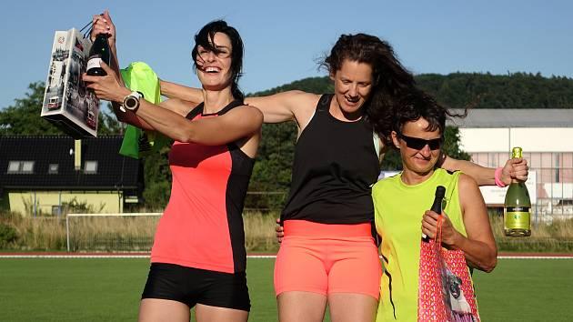Nejrychlejší tři ženy. Zleva: Kateřina Piechowicz, Hana Ryšková a Fanika Alpner