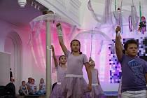 Závěrečné vystoupení taneční školy sester Hlavinkových v hranické Synagoze