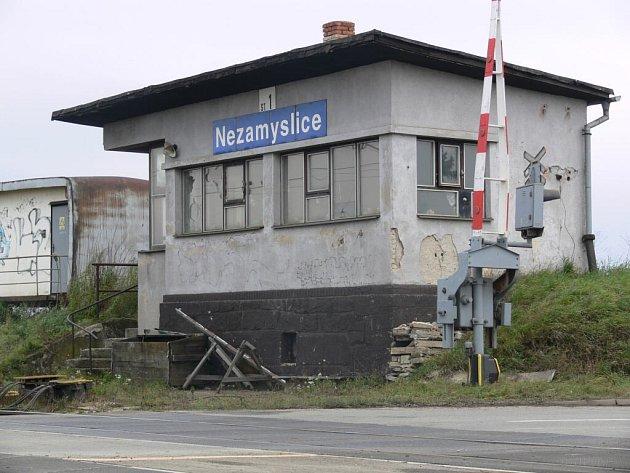 V této budově byla nalezena zavražděná bezdomovkyně.