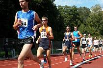Družstva atletů a atletek skončila v baráži v poli poražených.