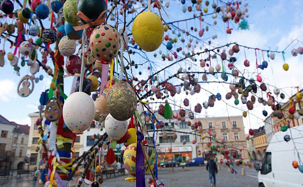 Kraslicovník na hranickém Masarykově náměstí