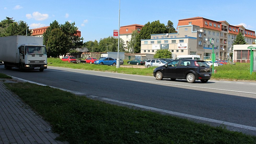 Na Třídě Československé armády v Hranicích obnoví přechod pro chodce u bývalého Bonveru.