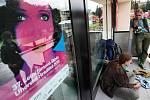 37. Letní filmová škola začala v pátek 22. července v Uherském Hradišti. Organizátoři předpokládají, že jí navštívi asi pět tisíc milovníků kinematografie.