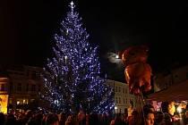 Vánoční strom v Uherském Hradišti je druhým nejkrásnějším v kraji.