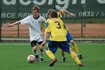 V derby mladších dorostenců zvítězilo Slovácko (ve světlém) nad Zlínem 3:0, a vrátilo tak soupeři podzimní porážku 1:4.