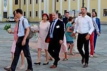 Letní kurz. V poutním Velehradě se jej zúčastnilo 66 manželských párů, které zde obnovily při slavnostní bohoslužbě manželský slib.