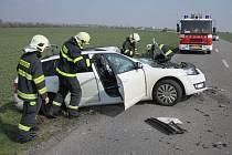Muž nehody odnesl zraněním na hlavě.