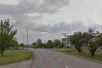 Výjezd ze sídliště Louky v Jarošově je prý nebezpečný.