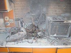 Požár v kuchyni rodinného domku v Uh. Hradišti.