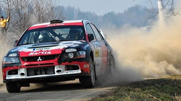 Martin Bujáček dojel na Valašské rally na devátém místě.
