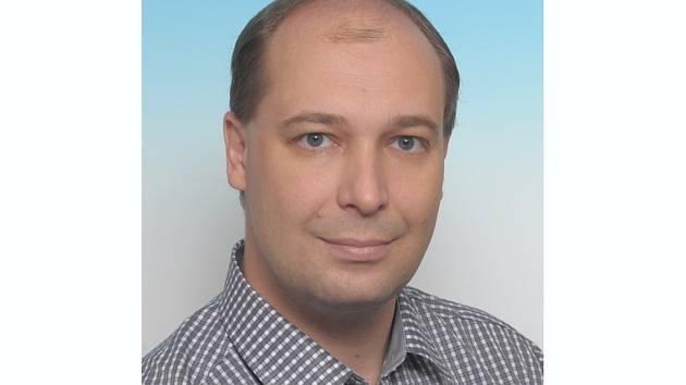 Zdeněk Otrusina je místostarostou Nedakonic a zároveň člen Hasičského záchranného sboru.