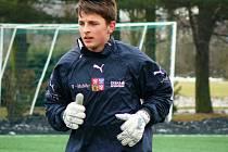 Nadějný gólman je členem mládežnické reprezentace.