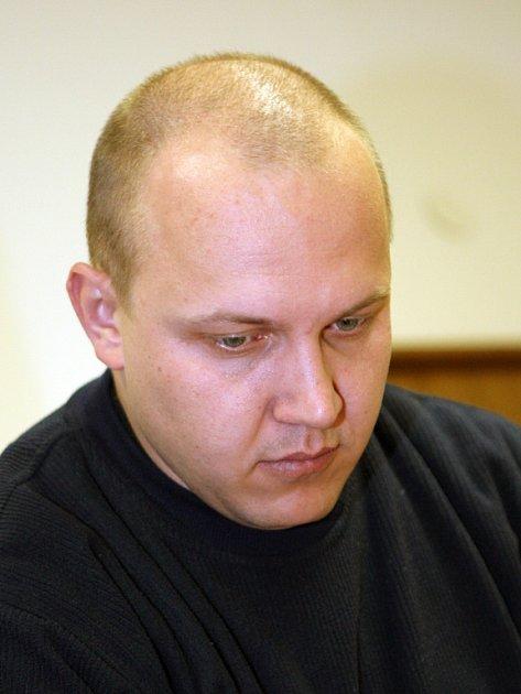 Obžalovaný Martin Fišer se k vraždě matky nikdy nepřiznal.