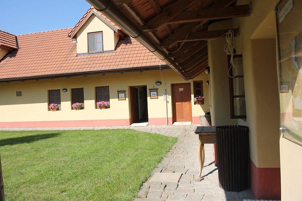 Otevření památných domků na Slovácku 27. - 28.6. 2020.Muzeum myslivců a pytláků Na Mýtince v Babicích.