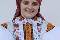 Stárka na hodech v Tupesích Jitka Kršková, studentka pátého ročníku Pedagogické fakulty Masarykovy univerzity v Brně.