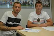 Slovácko získalo slovenského brankáře Pavola Bajzu, který v klubu podepsal smlouvu do léta 2023.