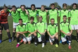 Sedmnáctý ročník tradičního turnaje dorostenců Gazda cup ovládli fotbalisté pořádajícího ČSK Uherský Brod.