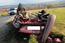 Průjezd levotočivou zatáčkou nezvládl ve středu 26. února o půl deváté ráno řidič na silnici z Hluku směrem na Uherský Ostroh.