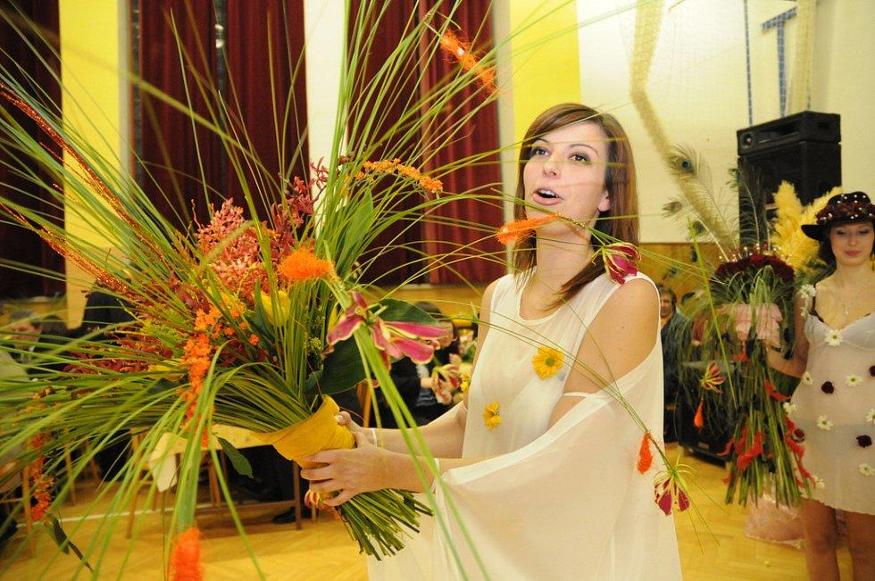 Květinový ples v Jalubí.