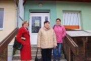 Seniory s Tučap vozí jednou týdně do Boršic na nákupy či na poštu dodávka.