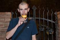 Martinovi Šedému víno na slavnostech chutnalo.